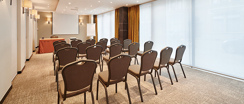 opstellen zaal congres organiseren